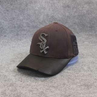 Topi Baseball Cap MLB Sox Metal Logo Dark Brown Second Original Murah