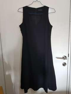 Dress Black The Executive (Rok Midi)