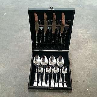 Philips Cutlery Set