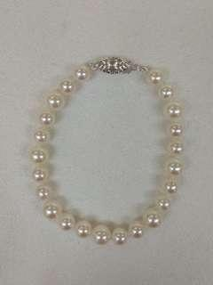 Japanese Sea Water Pearl Bracelet with Silver Clasp