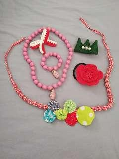 6 pieces of Brand new Girls accessories
