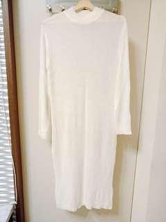 🚚 [Mercci 22購入]白色長版針織裙(S)