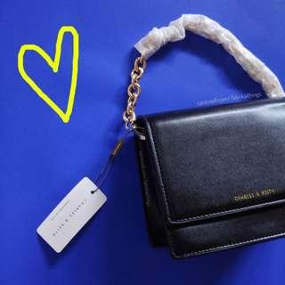 🌈RESTOCKED🌈Charles & Keith 📍Magnetic Flap / Chain bag