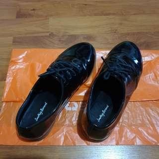 Something Borrowed Glossy Laced Oxford Shoe