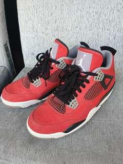 Air Jordan 4 TORO