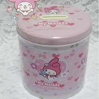 2004年 My Melody 罕有泰國版含吊飾鐵存錢罐