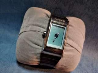 Dkny 女庄,夜光手錶1隻