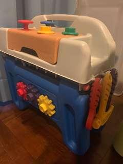 🚚 Little tikes Workbench for tools
