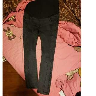 大肚牛仔褲 超型黑色窄腳