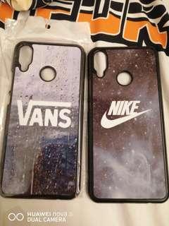 🚚 Vans and Nike Nova 3i cover