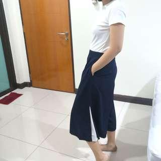 Padini Navy Culottes with whit slits