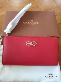 🚚 Brand New Coach Zip Wallet in Red Leather
