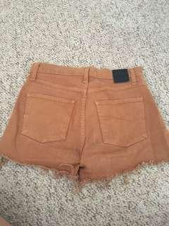 NOBODY high raise denim shorts size 26