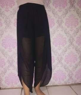 Celana black