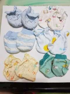 🚚 寶寶手套……