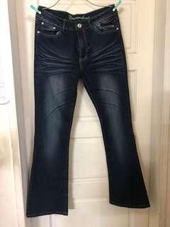 全新吊牌未拆~未穿過~深色喇叭褲 牛仔褲~L號
