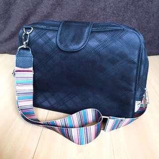Tuccini Water-Resistant Laptop Bag