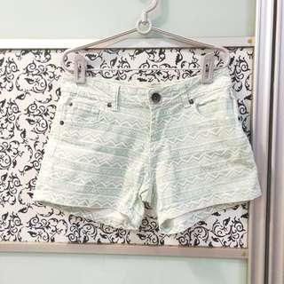 🚚 Cotton On Mint Green and White Tribal Pattern Shorts With Pockets(EUR 36)