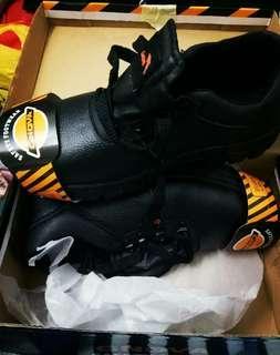 Safety boot Gnova