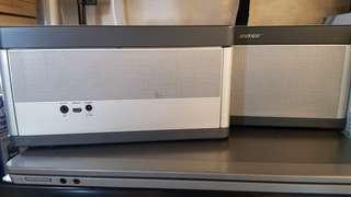 Bose  soundlink*bluetooth*speaker