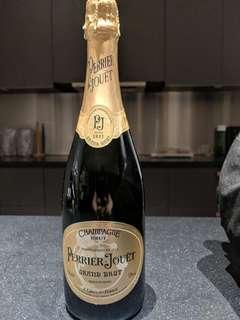 🚚 CHAMPAGNE. Perrier Jouet Grand Brut NV Champagne 750ml