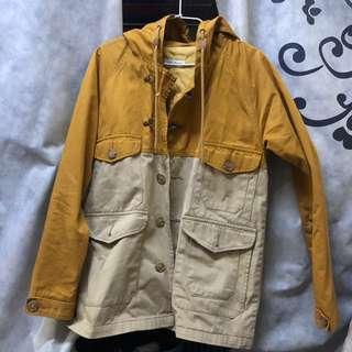 黃色外套 材質不錯 特別設計