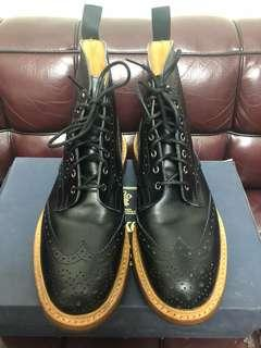 Tricker's boots black used 98%new Sz 9