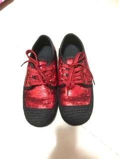 🚚 亮片小紅鞋