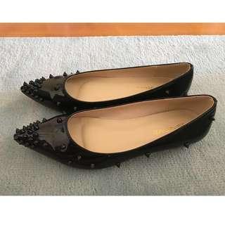 漆皮黑色鍋釘女裝鞋
