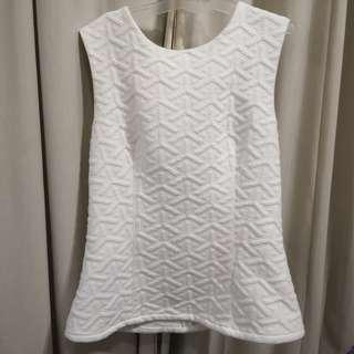 🚚 SOLD 🌹MDS White Top