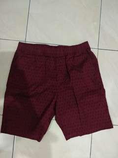 Celana Santai Uniqlo (Size M)