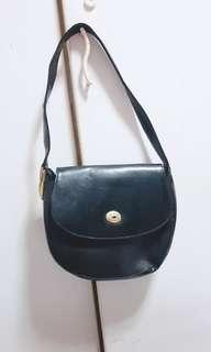 🚚 Reduced Vintage Handbag