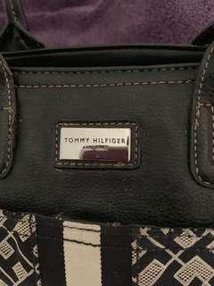 Preloved Tommy Hilfiger bag