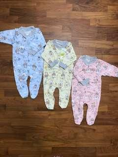 🚚 0-3 month Baby's Covered Toe Romper