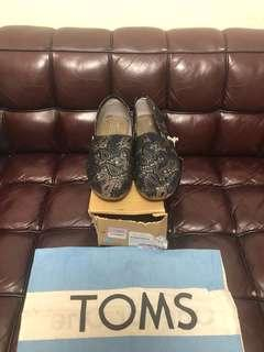 全新男裝toms shoe new Sz 10