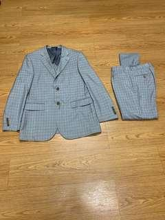 Suit and pants free shirt