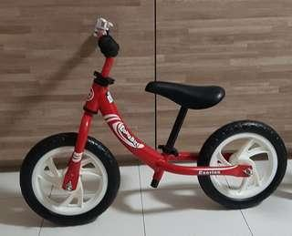 Kinderbike Eseries lightweight balance bike for 2-4years