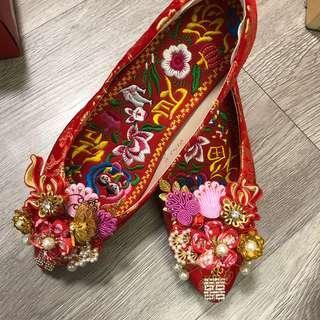 結婚裙褂繡花鞋36號 #結婚物資