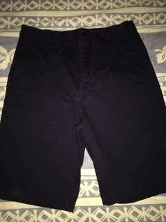 GU深藍色短褲 只穿一次 9成新淨