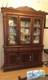 🚚 Display Cabinet