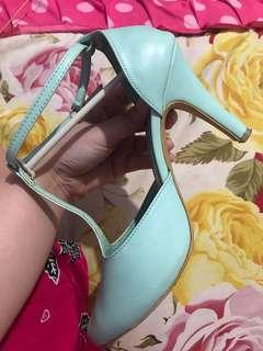 High heels mint wanita