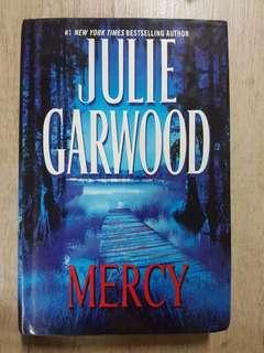 Buku Mercy Julie Garwood