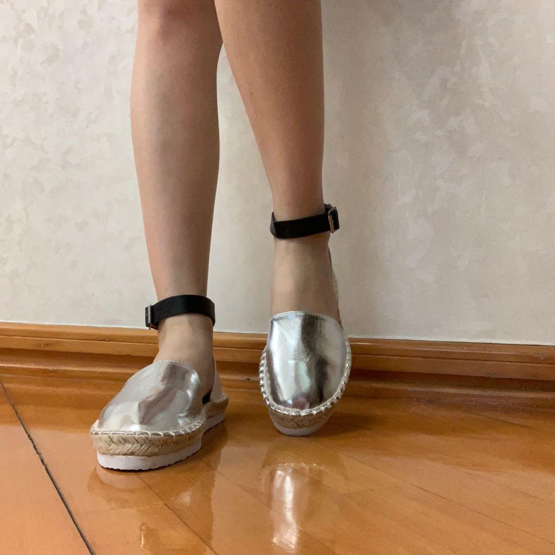 夏威夷金色草鞋