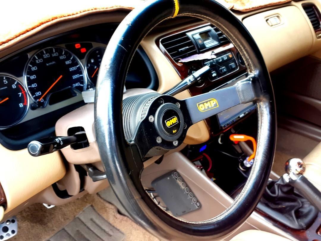 自售 HONDA ACCORD 2.0 渦輪手排車