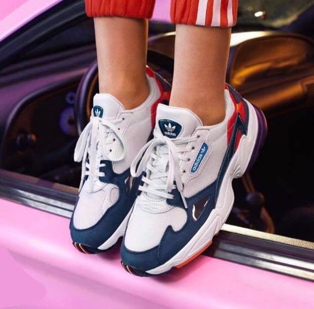 Adidas Kylie Adidas Jenner Schuhe Kylie Jenner Schuhe Jenner