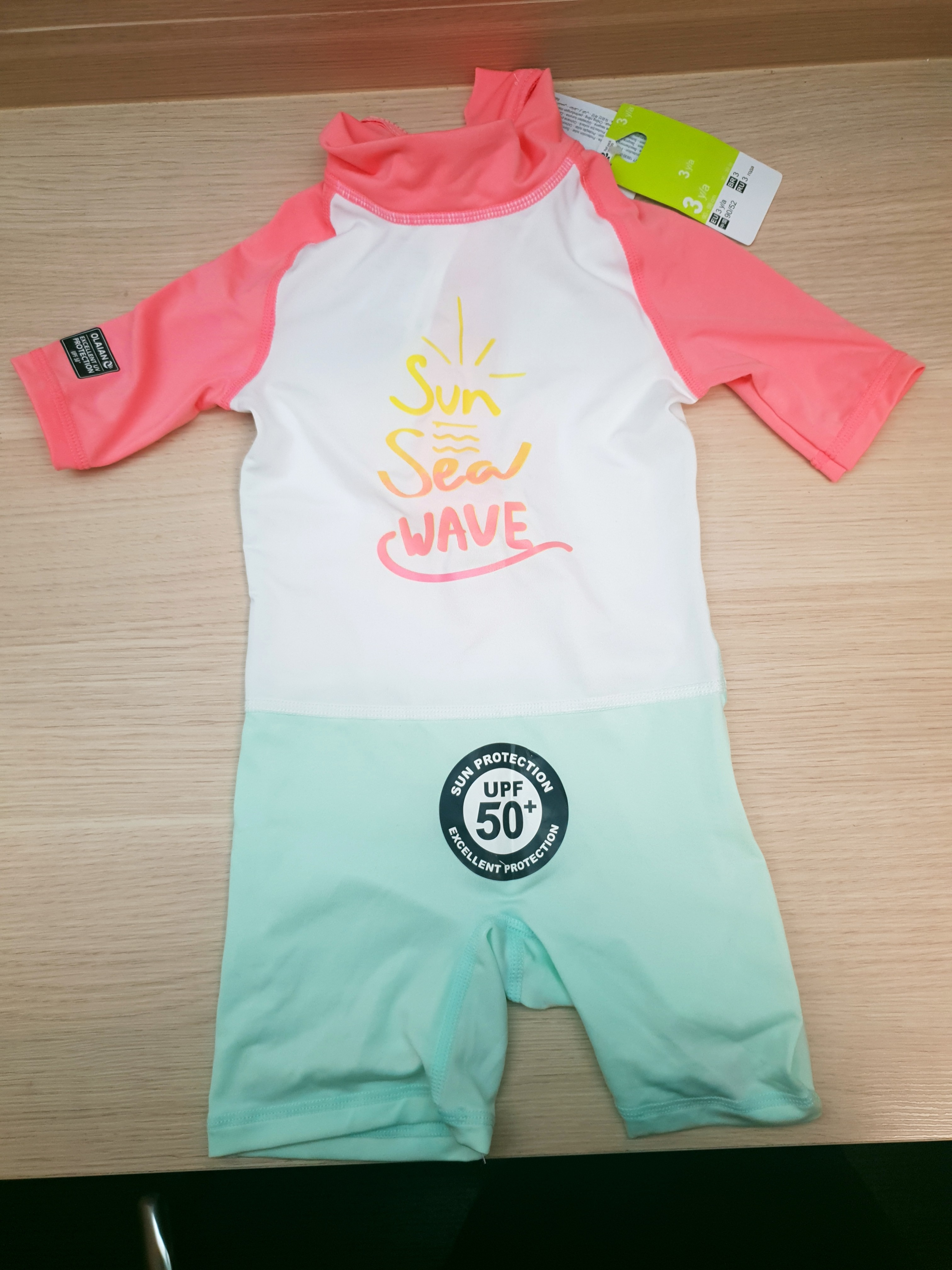 64045e71becae7 BABY SHORT SLEEVE UV PROTECTION SURFING SHORTY T-SHIRT - WHITE PINK, Babies  & Kids, Girls' Apparel, 1 to 3 Years on Carousell