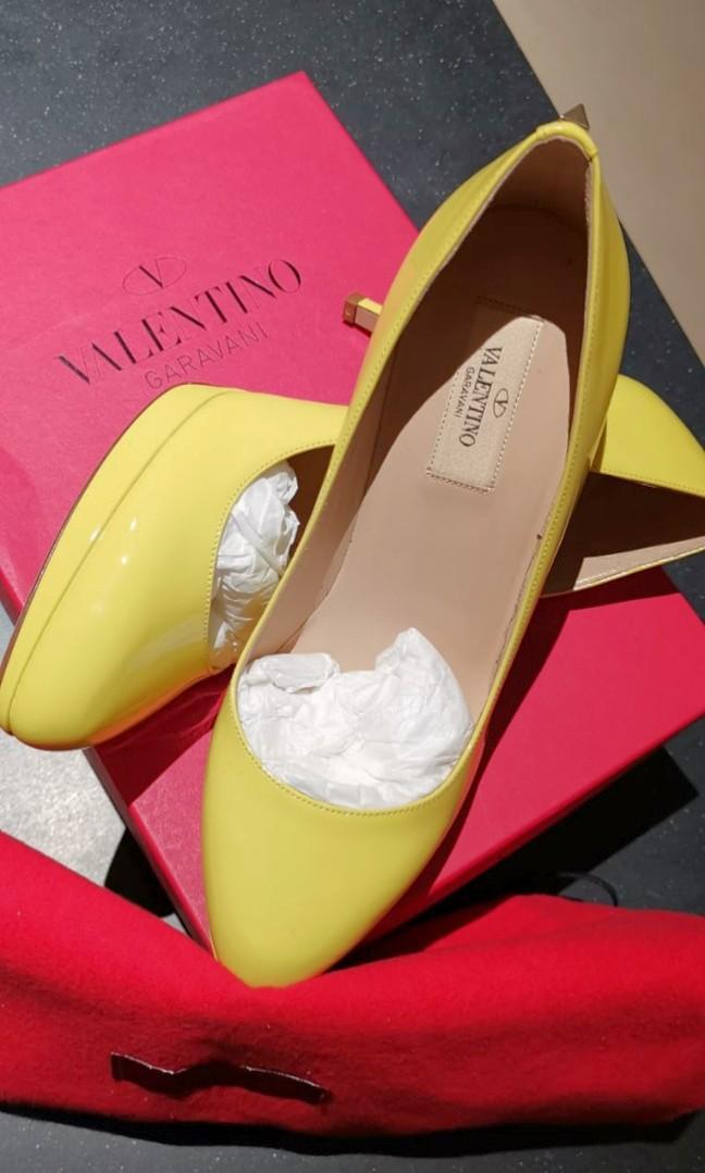 VALENTINO DESIGNER SHOES HIGH HEELED PUMPS. Valentino Yellow (Colour N18) Pumps, High Heel Shoes Size 38