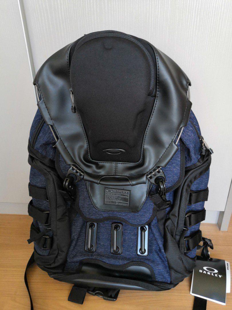 Oakley Kitchen Sink Lx Navy Blue Men S Fashion Bags Wallets Backpacks On Carousell