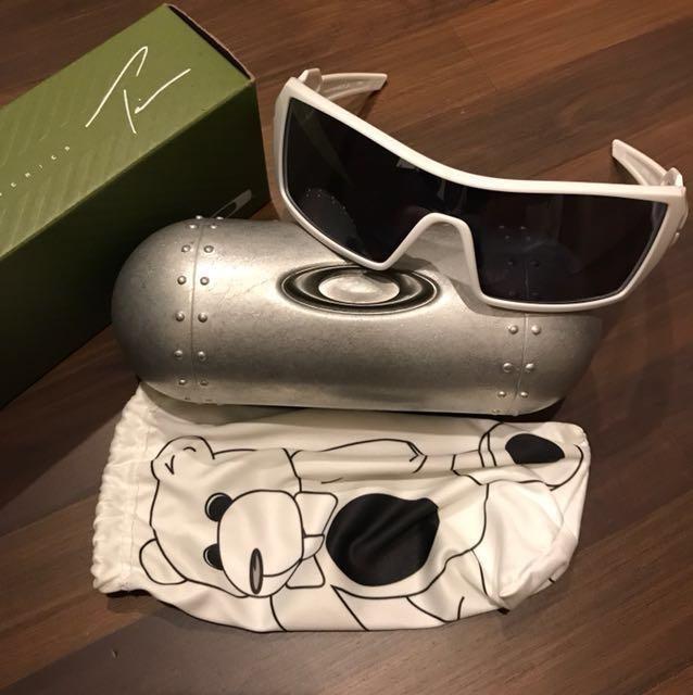 5fea0773e1 Oakley oil rig sunglasses t-pain limited edition, Men's Fashion ...