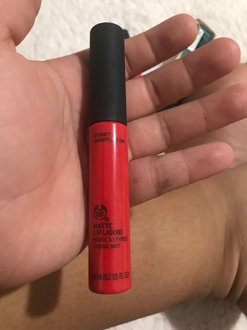 Red and pink liquid lipstick